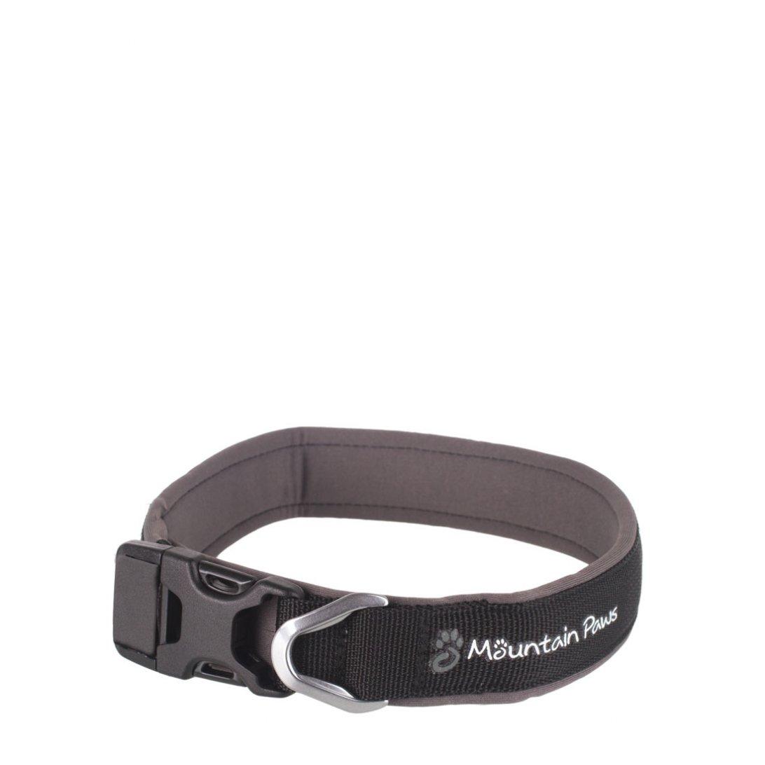 Medium black dog collar